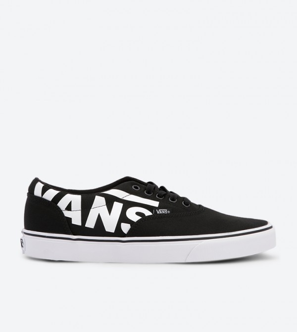 17e4bbc56ac4 Vans Doheny Big Logo Sneakers - Black VAMTFRYH
