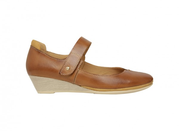 حذاء كعب سميك بني